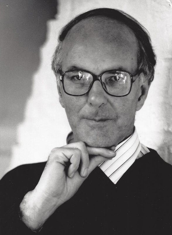 Peter Dickinson, 1989 (<em>photo: Malcolm Crowthers</em>)