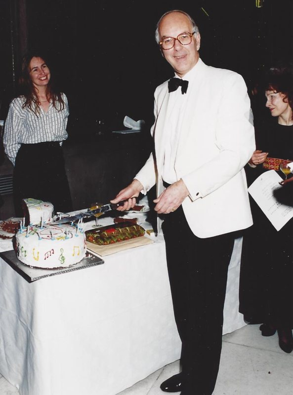 After the 60th Birthday Recital, 6 December 1994, presented by the Park Lane Group at the Purcell Room: Janice Hart left (<em>photo: Robert Gardner</em>)